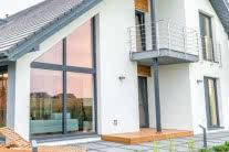 Okna z PVC i drewniane (146,5 x 143,5 cm)